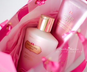 pink, love, and Victoria's Secret image