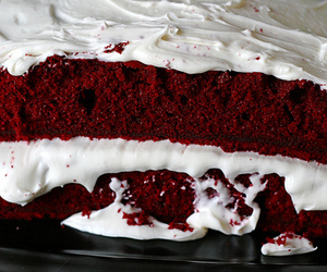 bake, cream, and muffin image