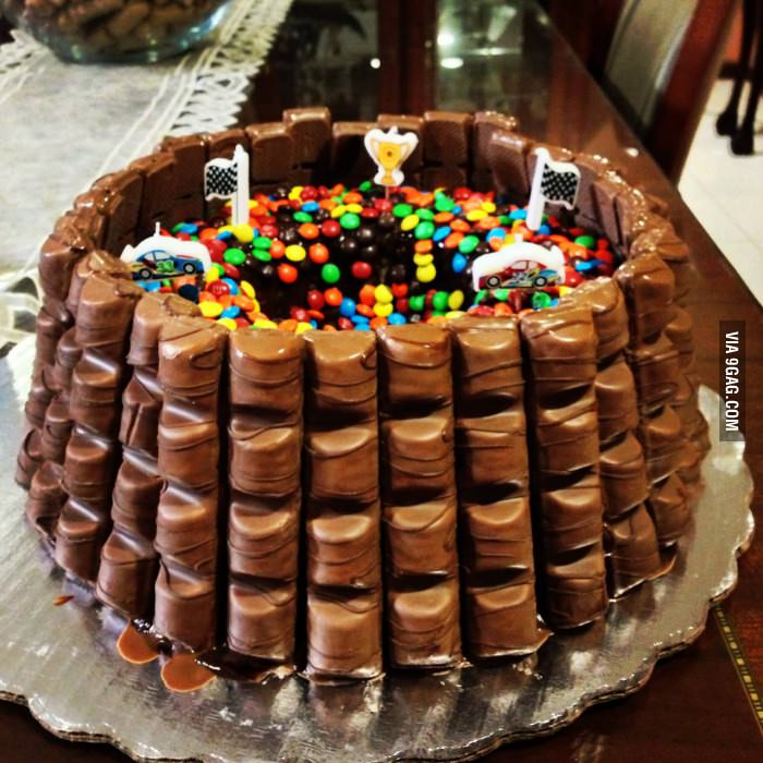 9GAG Awesome birthday cake on We Heart It