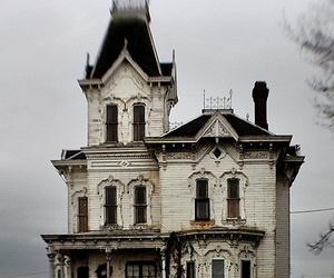 house, creepy, and victorian image