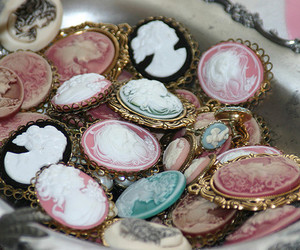 cameo, vintage, and pink image