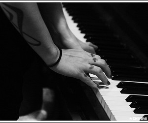 piano, pitty, and tattoo image