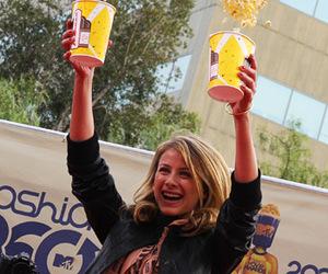 lo bosworth and popcorn image