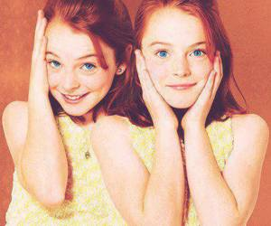 lindsay lohan, twins, and the parent trap image