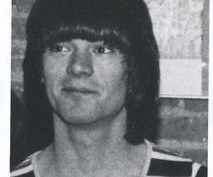 black and white, punk rock, and dee dee ramone image
