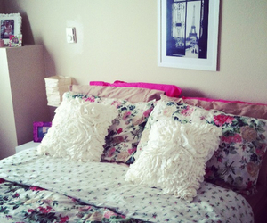 bed and girl image