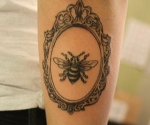 bee, floral, and inked image