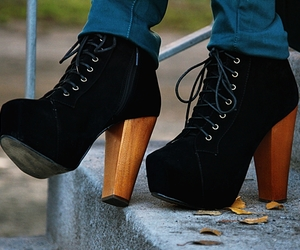 balck, fashion, and blogger image