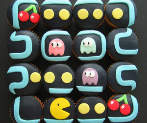 cupcake, pacman, and food image