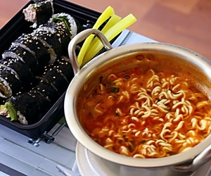 food, korea, and kimbap image