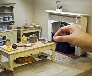 doll house and miniature image