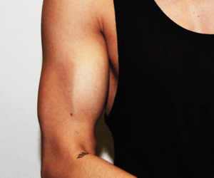justin bieber, tattoo, and muscles image