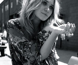 olsen, black and white, and ashley olsen image