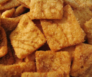 cereal, food, and cinnamon toast crunch image