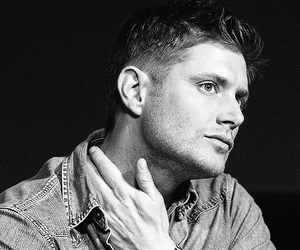 b&w, dean winchester, and Jensen Ackles image
