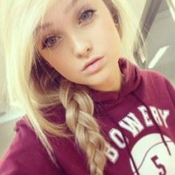 Blondes Teen Wird Gefickt