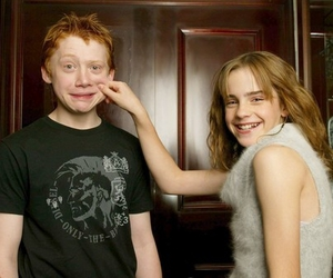 emma watson, hermione granger, and ron weasley image