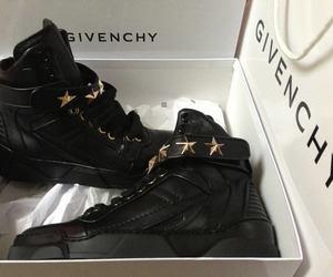 dope and givenchy.trainers.black image