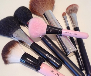 mac, Brushes, and chanel image