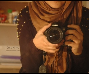 camera, hijâbi, and fashion image