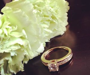 flower, خاتم, and ring image