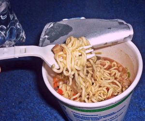 cup, indonesia, and indomie image