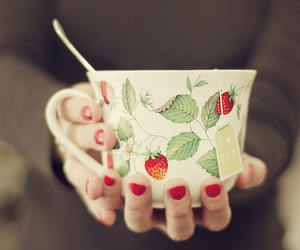 cup, dreamy, and hands image