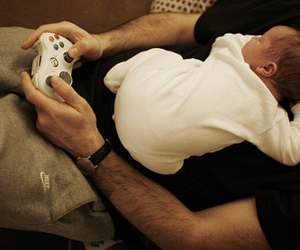 adorable, baby, and dad image