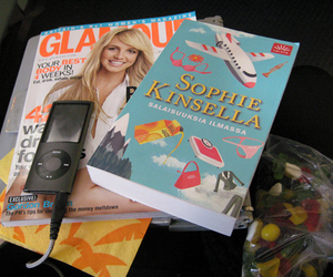 book, sophie kinsella, and glamour image