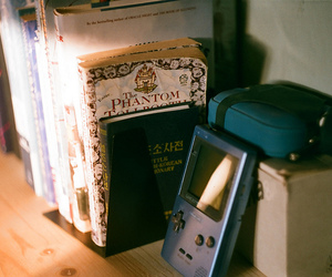 books, gameboy, and zenit-e image