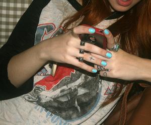 girl, nails, and vic hollo image