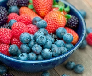 blueberries and fruit image