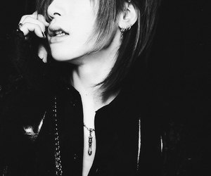 the gazette, uruha, and black and white image