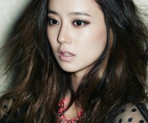 actress and moon chae won image