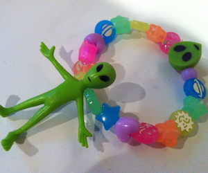 alien, grunge, and beads image