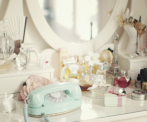 makeup, girly, and phone image