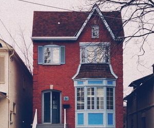 house, vintage, and red image