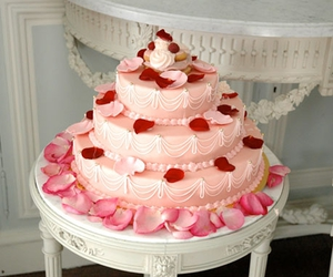 cake, pink, and pretty image