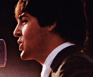Paul McCartney, picture, and the beatles image