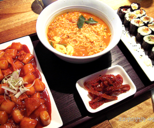 food and korean food image