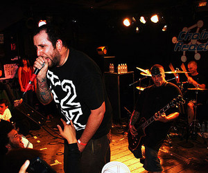 the acacia strain and vincent bennett image