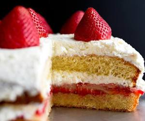 cake, creamy, and delicious image