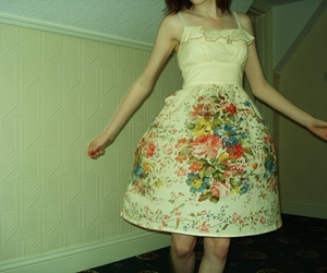 dress, pretty, and vintage image
