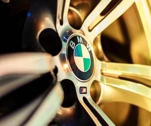 car and Logo image