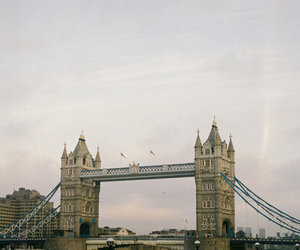 london, vintage, and sky image