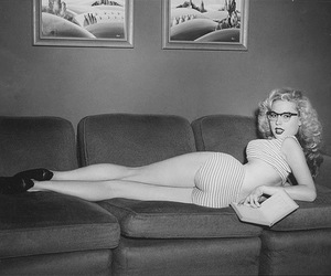 blonde, retro, and girl image