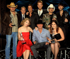 country, Taylor Swift, and jason aldean image