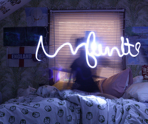 bedroom, infinite, and shine image