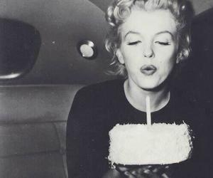 Marilyn Monroe, black and white, and cake image