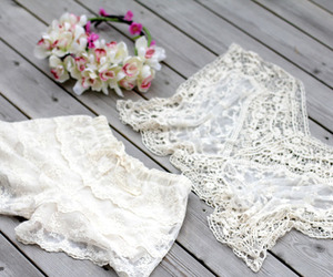 flowers, white, and fashion image
